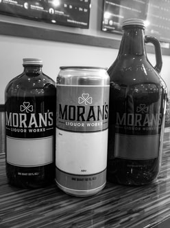 Crowlers & Growlers at Morans Growler Shop & Tasting Room